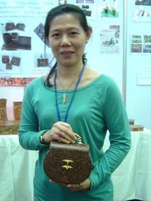 น.ส.ปรินดา แตรวิจิตรศิลป์ นักประดิษฐ์เจ้าของผลงาน