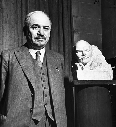 Nikolai  Lenin