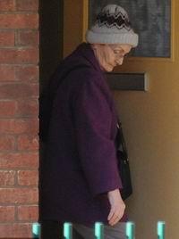คุณยายแอน ทิมสัน วัย 71 ปี ฮีโรผู้ช่วยร้านเพชรจากแก๊งโจร
