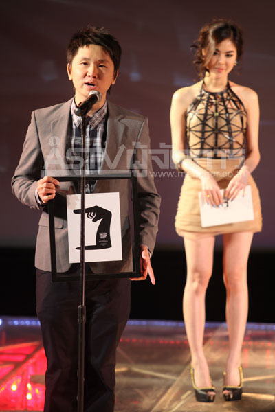โต้ง บรรจง เจ้าของรางวัลรองชนะเลิศสาขาผู้กำกับภาพยนตร์ยอดเยี่ยมจาก กวน มึน โฮ