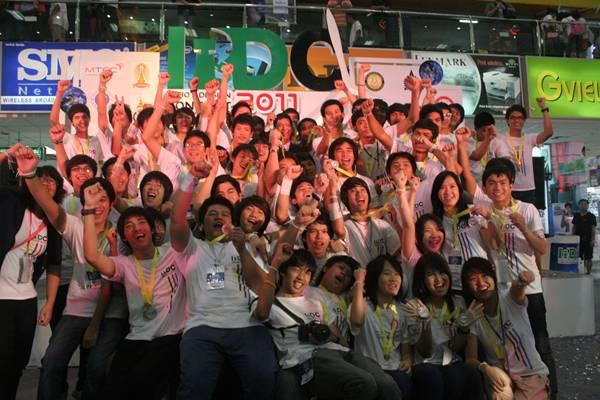 ผู้เข้าแข่งขันเวที RDC2011 ทั้งหมด 56 คน จาก 24 สถาบันการศึกษา