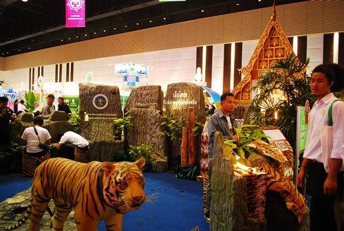 ผลงานวิจัยเรื่อง เสือโคร่ง ที่กล่าวถึงสถานการณ์ใกล้สูญพันธุ์ของเสือในประเทศไทย