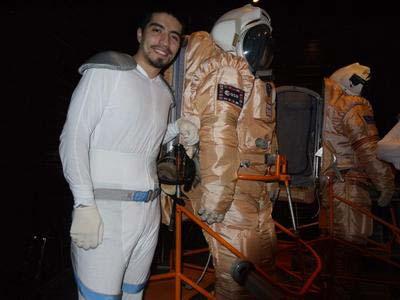 ดิเอโกกับชุด มนุษย์ดาวอังคาร หลังจำลองลงสำรวจพื้นผิวดาวอังคาร