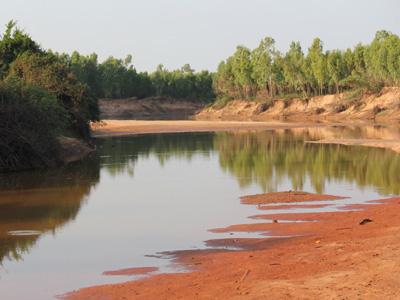 เมืองช้างแล้งมาเยือนเร็ว แม่น้ำชี-มูล แห้งขอดเนินทรายโผล่ยาว