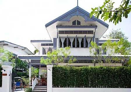 บ้านนพวงศ์ บูติกโฮเทลน้องใหม่ ย่านอนุสาวรีย์ประชาธิปไตย