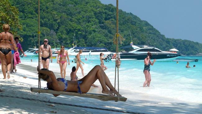 การควบคุมจำนวนนักท่องเที่ยวอาจส่งผลดีต่อธรรมชาติบนเกาะมากกว่า