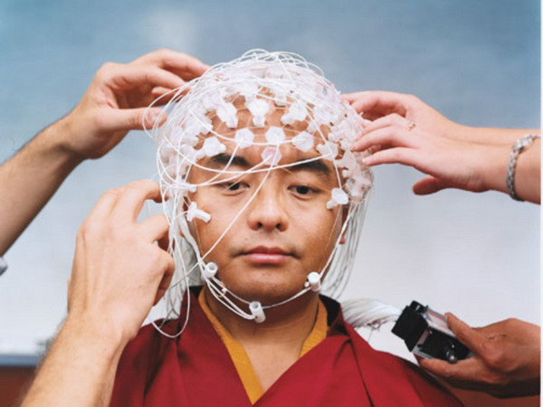 พระอาจารย์ยอนเจ มินเกียว รินโปเช ร่วมงานวิจัยเรื่องผลของสมาธิต่อการเปลี่ยนแปลงในสมอง