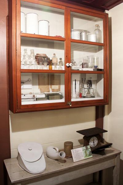 เครื่องมือแพทย์ในสมัยก่อน