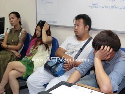 ตม.ภูเก็ตรวบ 4 ชาวจีนรับจ้างถ่ายภาพคู่บ่าวสาว เหตุไม่มีใบอนุญาตทำงาน