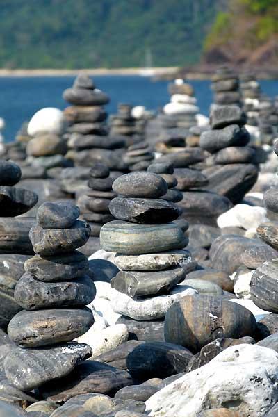 หินแตกที่ถูกนำมาเรียง