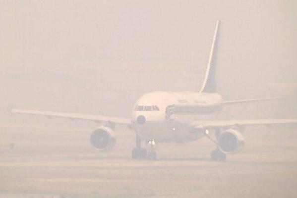 บวท.ชี้หมอกควันเชียงใหม่ ทำทัศนวิสัยการบินต่ำ กระทบ การบินไทย แอร์เอเชีย บางกอกแอร์ฯ ลงจอดไม่ได้