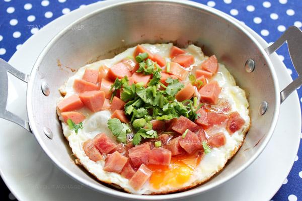 """""""ไข่กระทะ"""" มื้อเช้าง่ายๆ อิ่มอร่อยเพิ่มพลัง"""