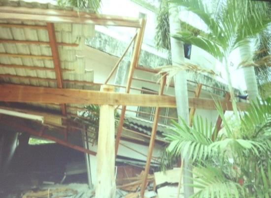 อาคารใน จ.เชียงรายที่ถล่มหลังแผ่นดินไหว เนื่องจากโครงสร้างหลักเสียหาย