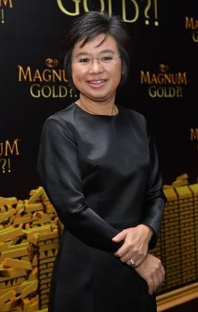 แม็กนัมจัดปาร์ตี้หรู โชว์เดรสทองคำจากฮอลลีวู้ด 45 ล้าน !