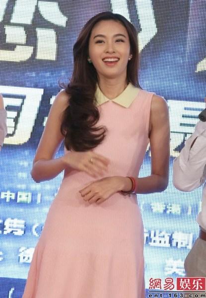 """เปิดตัวหนังจีนเรื่องแรก """"น้องปอย"""" ขึ้นแท่นซูป'ตาร์เทียบเท่า """"จอนจีฮยอน"""""""