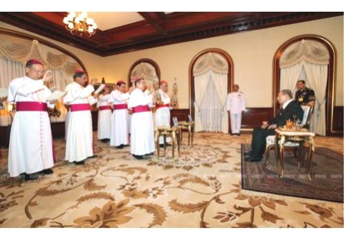 ประมุขบาทหลวงโรมันคาทอลิกฯ เฝ้าฯถวายพระพร