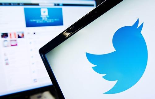 UNICEF goodwill ambassador resigns after offensive tweet