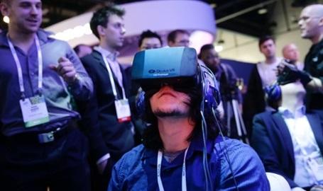 ลักษณะการใช้งานอุปกรณ์ของ Oculus Rift