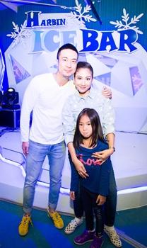 ครอบครัวคนดังตะลุยเมืองน้ำแข็งในไทย