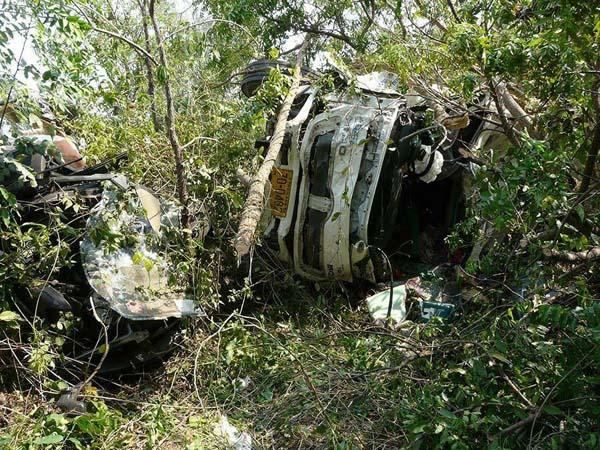 รถพ่วงประสานงารถกระบะ มีผู้เสียชีวิต 5 ราย