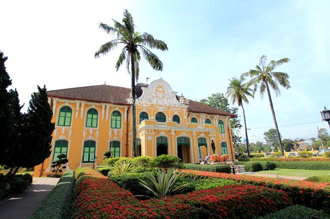 ตึกเจ้าพระยาอภัยภูเบศรผ่านกาลเวลากว่า 100 ปี มาสู่วันนี้ในฐานะ พิพิธภัณฑ์การแพทย์แผนไทยอภัยภูเบศร