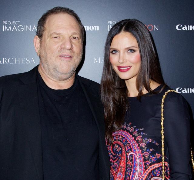 ฮาร์วีย์ กับภรรยาสาวสวย