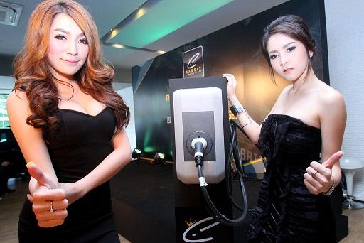 """""""Rabbit Auto Craft"""" เหยียบคันเร่งเจาะเทรนด์โลก นำเข้าเครื่องชาร์จรถยนต์ไฟฟ้าเจ้าแรกในประเทศไทย"""