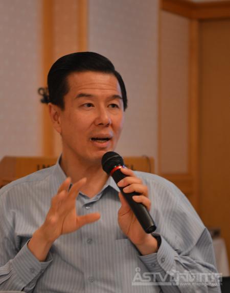 นายญนน์ โภคทรัพย์ กรรมการผู้จัดการใหญ่ธนาคารไทยพาณิชย์ จำกัด (มหาชน)