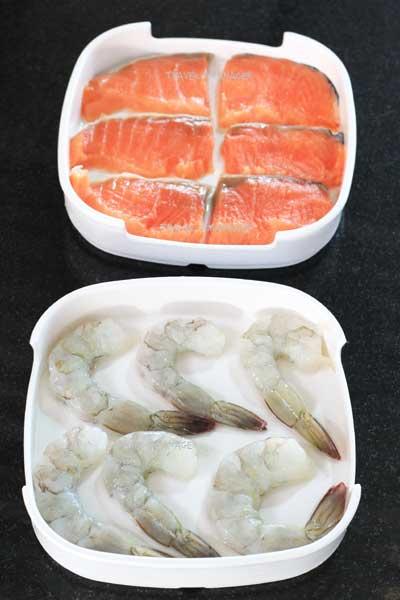 กุ้งสด และปลาแซลมอน