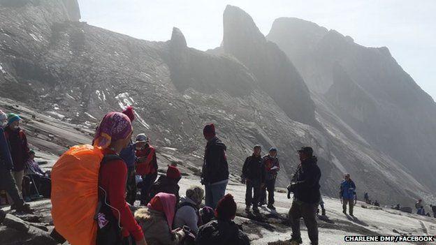 กู้ภัยมาเลย์ช่วยนักปีนเขา 137 คนลงมาแล้ว หลังติดค้างเพราะแผ่นดินไหว