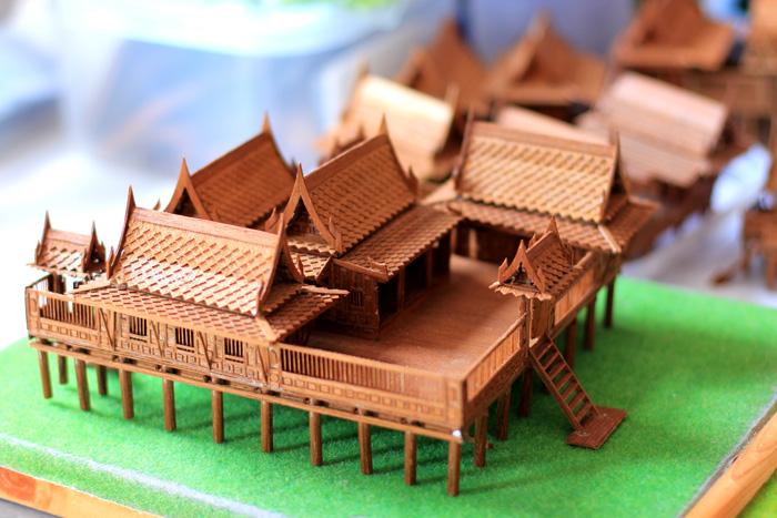 โมเดลเรือนไทยขนาดเล็กที่ กลุ่มโอทอป บ้านเรือนไทยจำลองจิ๋ว