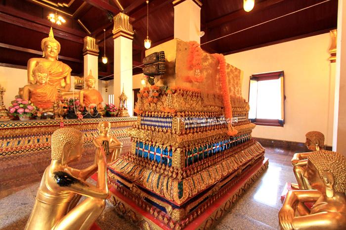 พระพุทธรูปปางพระพุทธเจ้าเข้านิพพาน