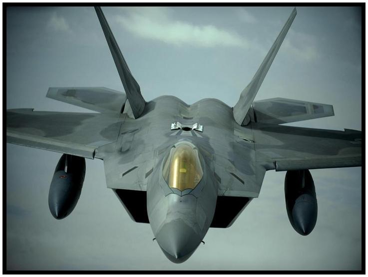 """กองทัพอากาศสหรัฐฯเปิดเผยล่าสุดเมื่อวานนี้(15)ว่า มีแนวโน้มความเป็นไปได้ที่สหรัฐฯอาจตัดสินใจส่ง เครื่องบินรบสเตลธ์  F-22 แรปเตอร์ไปยังยุโรป หลังพบว่าจากสถานการณ์ในปัจจุบัน """"รัสเซีย"""" นั้นป็นภัยครั้งใหญ่"""