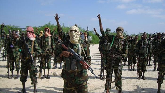 """นักรบหัวรุนแรง """"อัล ชาบาบ""""   บุกโจมตีสถานีตำรวจใกล้เมืองหลวงโซมาเลียฝ่ายจนท. สังเวยอย่างน้อย 8 ศพ"""