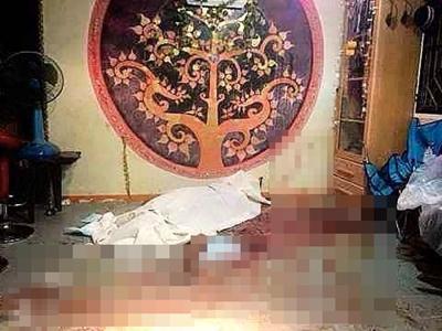 นายสามองค์ ไตรศรัทธา นักร้องนำและมือเบส ฉายาอเวจีของวงเซอร์เรนเดอร์ ออฟ ดิวินิตี้ วงแเบล็คเมทัล ชื่อดังของเมืองไทยถูกแทงเสียชีวิต (แฟ้มภาพ)