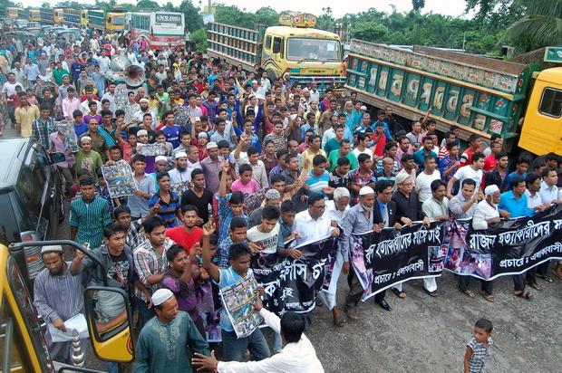 คลิปสลด!ผู้ใหญ่รุมทุบตีเด็ก13ขวบจนตาย ชาวบังกลาเทศร้องจับประหารชดใช้กรรม