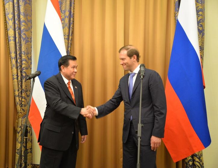 """""""บัวแก้ว"""" เผยผลถกทวิภาคี """"ไทย-รัสเซีย"""" จี้ผ่อนคลายนำเข้าสินค้าเกษตรจากไทย-เปิดทางรัสเซียลงทุนระบบราง"""