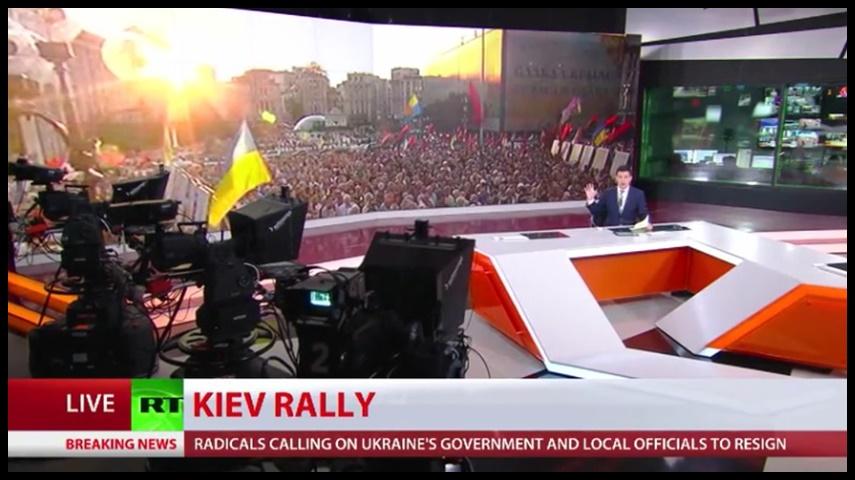 """In Pics & Clips : ยูเครนขวาจัดเกือบหมื่นรวมตัวกลางจัตุรัสเอกราช เรียกร้องประชามติขับปธน.โปโรเชนโก """"เรียกร้องจัดตั้งกลุ่มติดอาวุธ-บังคับใช้กฎอัยการศึกทั่วประเทศ"""""""