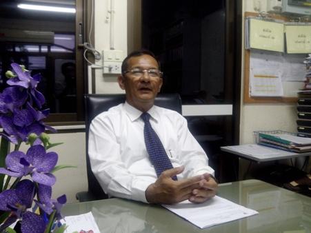 นพ.ละลิ่ว จิตต์การุณ ผู้อำนวยการโรงพยาบาลสมเด็จพระเจ้าตากสินมหาราช