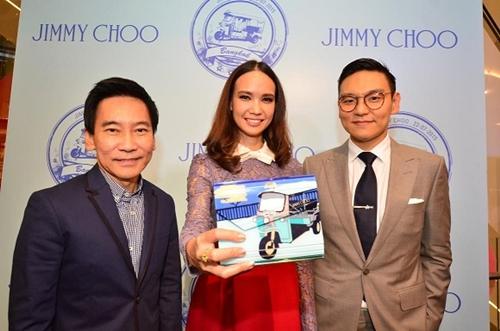 """""""จิมมี่ ชู บูติก@ เอ็มควอเทียร์"""" ใหม่ หรู แกะกล่อง..."""
