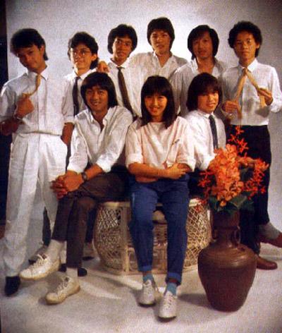 ในภาพยนตร์เรื่อง วันวานยังหวานอยู่ ที่ได้รับการต้อนรับจากวัยรุ่นยุคนั้นอย่างถล่มทลาย