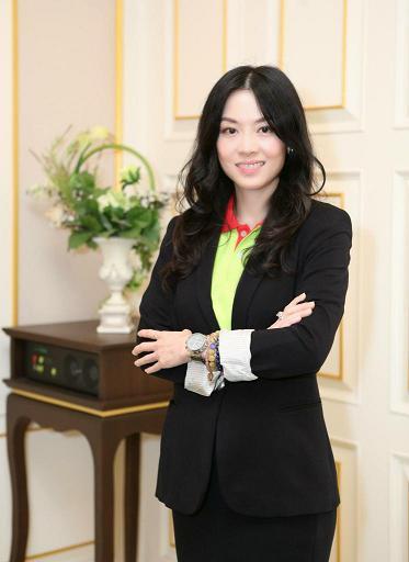 นางสาววารุณี กิจเจริญพูลสิน ผู้อำนวยการฝ่ายองค์กรสัมพันธ์ บริษัท บิ๊กซี ซูเปอร์เซ็นเตอร์  จำกัด (มหาชน)
