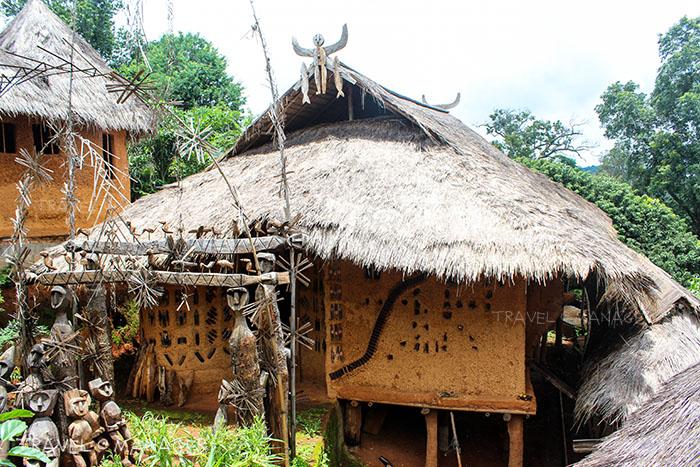 บ้านดิน แห่งหมู่บ้านหล่อโย