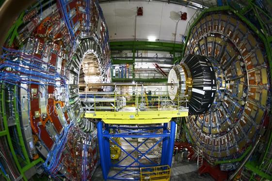 สถานีตรวจวัดอนุภาค CMS ของ CERN