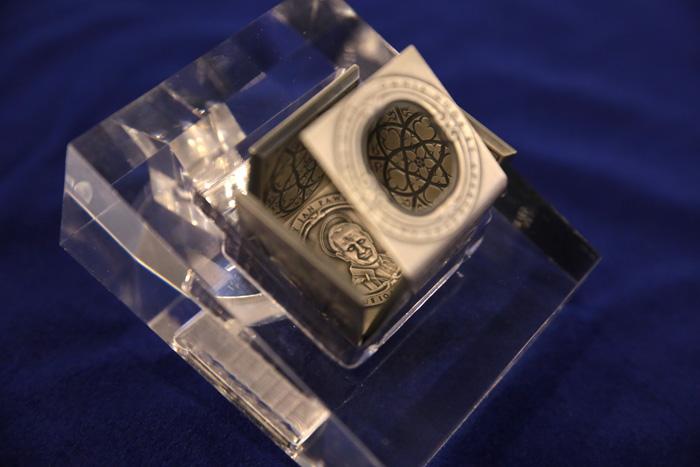 เหรียญกษาปณ์ที่ระลึก SAINT-JOHN-PAUL-II-ประเทศนิอุเอ-ชนิดราคา-25-ดอลลาร์
