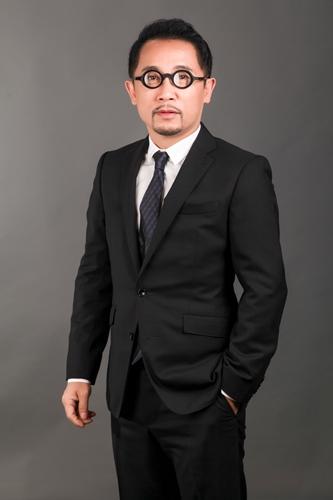 """""""นายแพทย์สุวิน ไกรภูเบศ"""" ประธานเจ้าหน้าที่บริหาร บริษัท บิวตี้ คอมมูนิตี้ จำกัด (มหาชน)"""