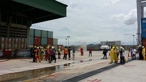 ท่าเรือแหลมฉบังซ้อมแผนสารเคมีรั่วไหลในคลังสินค้าอันตราย