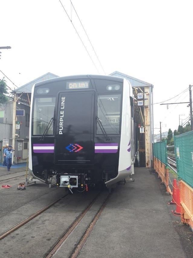รถไฟฟ้าสายสีม่วงโฉมใหม่ เสร็จแล้ว 3 ขบวน ส่งถึงแหลมฉบัง ก.ย.นี้