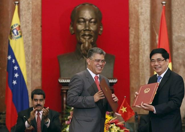 ปธน.เวเนซุเอลาเยือนเวียดนามเพิ่มความร่วมมือด้านการเกษตร-พลังงาน