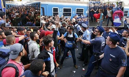 ฮังการียอมให้ผู้อพยพเข้าสถานีรถไฟ แต่ไม่ให้ไปยุโรปตะวันตก